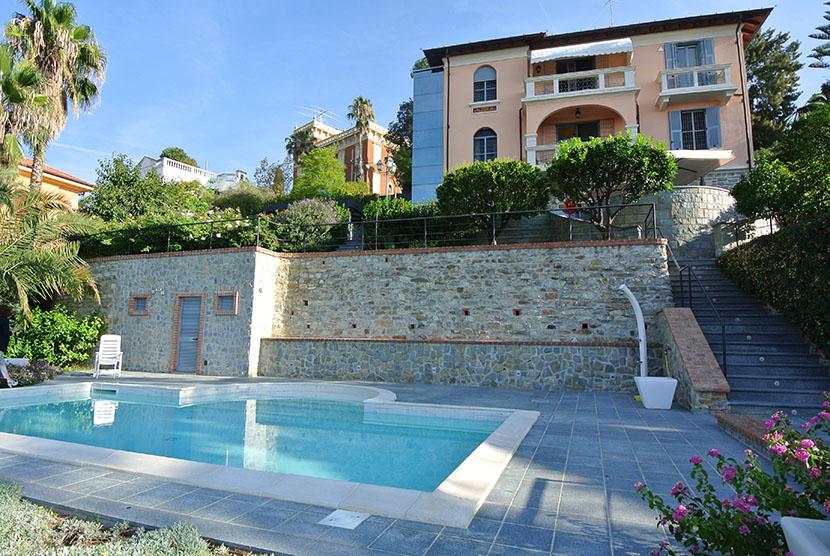 Luxury Villa on Italian Riviera