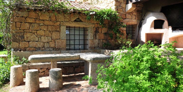 San Pantaleo outside dining