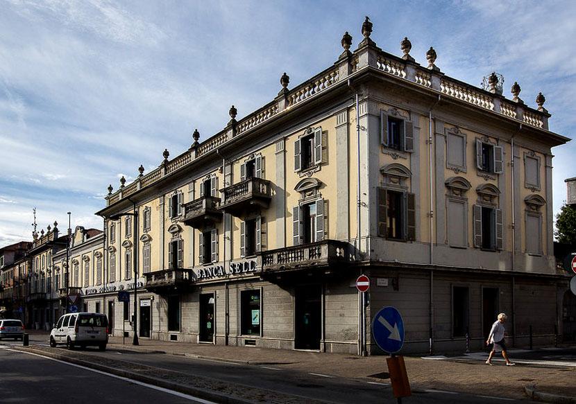 Palazzo storico nel centro di Rivarolo – vendita proprietà intera o blocchi separati