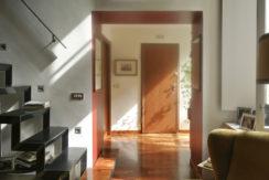 via-milano-18_frontdoor