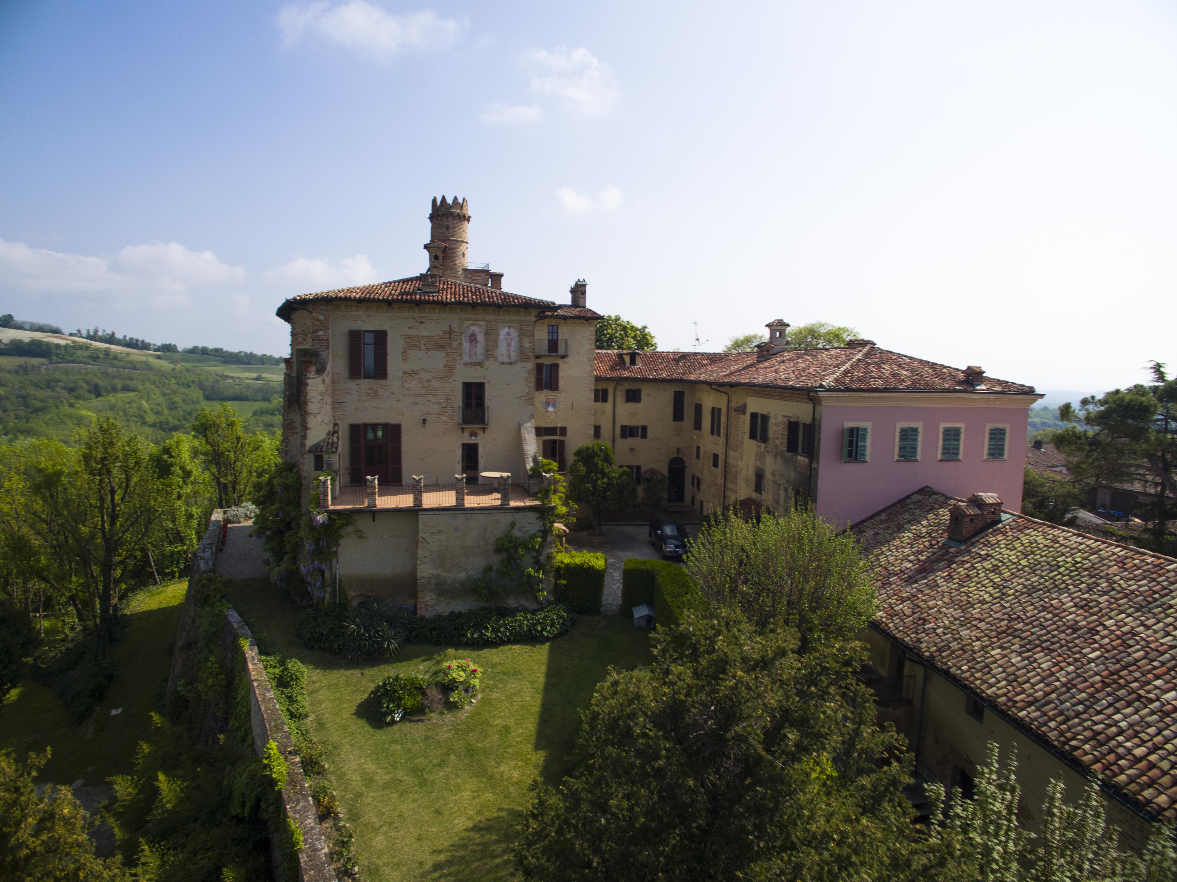 Castello a Pino d'Asti