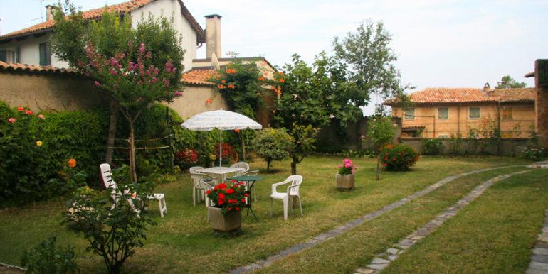 mombaruzzo_giardino2