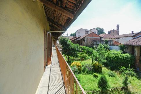 Sommariva_balcony