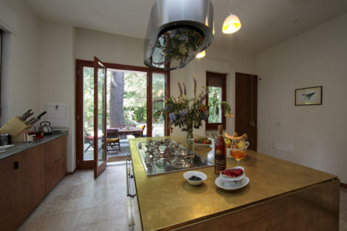 CloudHouse_Best kitchen towards terrace